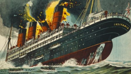 main-lusitania-bateau-naufrage